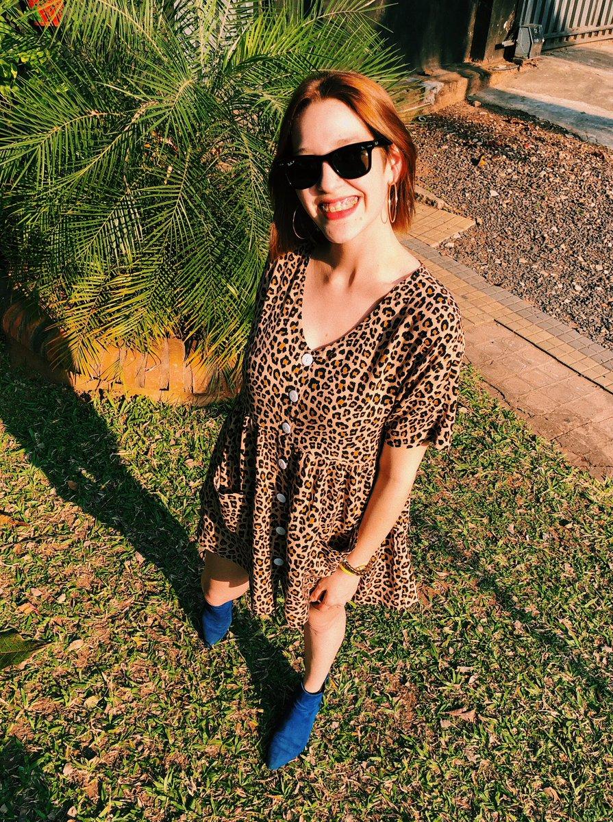 Cuando calienta el sol, aquí en #HEiNow 🎶☀️ @MicaelaChamorro se encarga de alegrar tu tarde con mucha música por #HEiRadio hasta las 17 hs 🧡 Podés hacer tus pedidos de canciones al 0986152180 📲