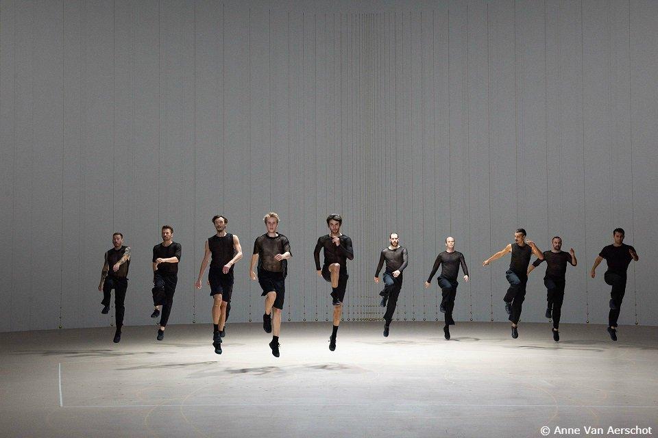 『ローザス舞踊団「ブランデンブルク協奏曲」in パリ・オペラ座』 8/23(金)よる9:30⇒ ht