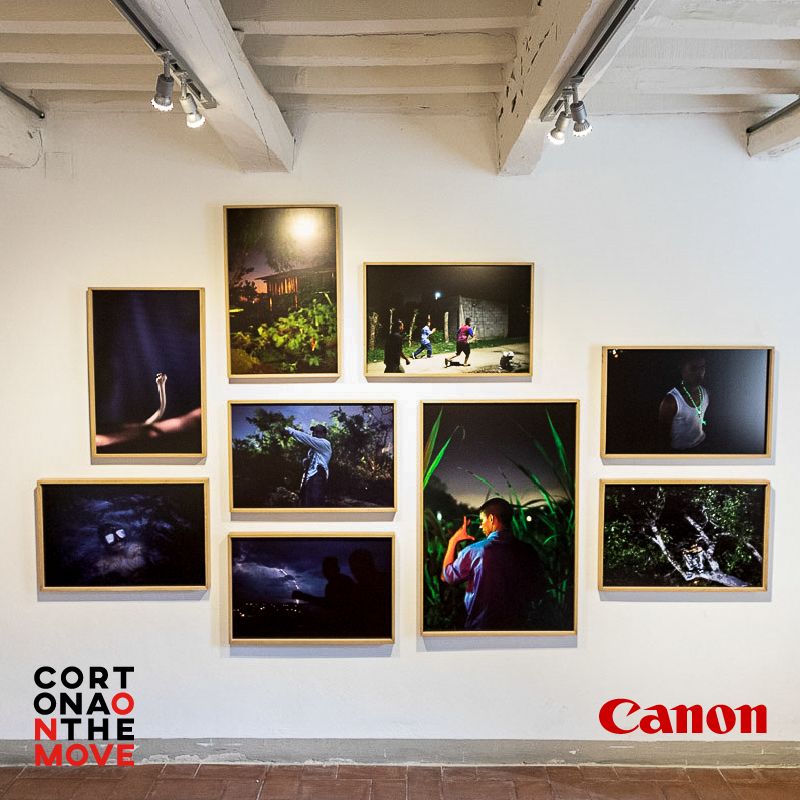 The Canon Giovani Fotografi Award, by @CanonItaliaSpA, has allowed us to discover many new talents and to create an exhibition with touching contents. Until 29 September, at Palazzo Cinaglia: https://t.co/DwDEzgmwhF https://t.co/yGzqJEINUT