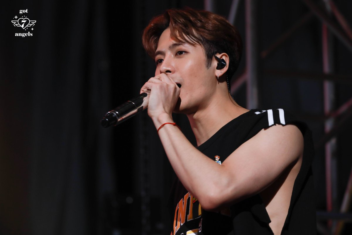 [HD] 190105 5TH FAN MEETING DAY 1  #GOT7_SPINNINGTOP   #GOT7_BETWEEN_SECURITY_AND_INSECURITY #GOT7_ECLIPSE #GOT7  #갓세븐  #JACKSON #잭슨<br>http://pic.twitter.com/3Juo6azoBL