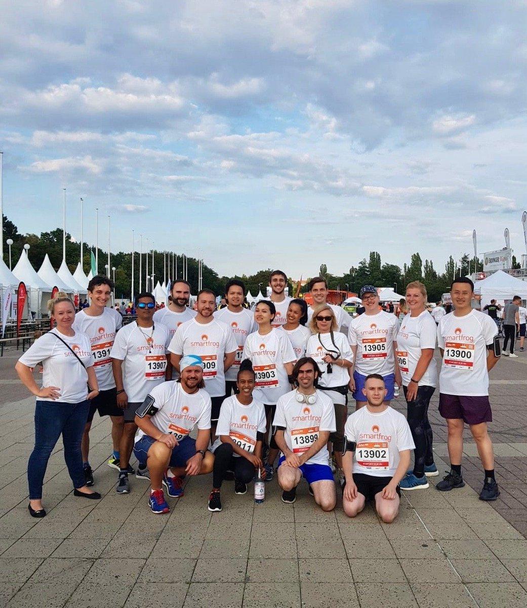 """#Smartfrog beim #b2run-Firmenlauf. Wir haben es alle ins Ziel geschafft - nach 5,8 km der Zieleinlauf ins Berliner Olympiastadion! #Berlin #gemeinsamaktiv #b2runberlin"""" https://t.co/VBfgPTSBI1"""
