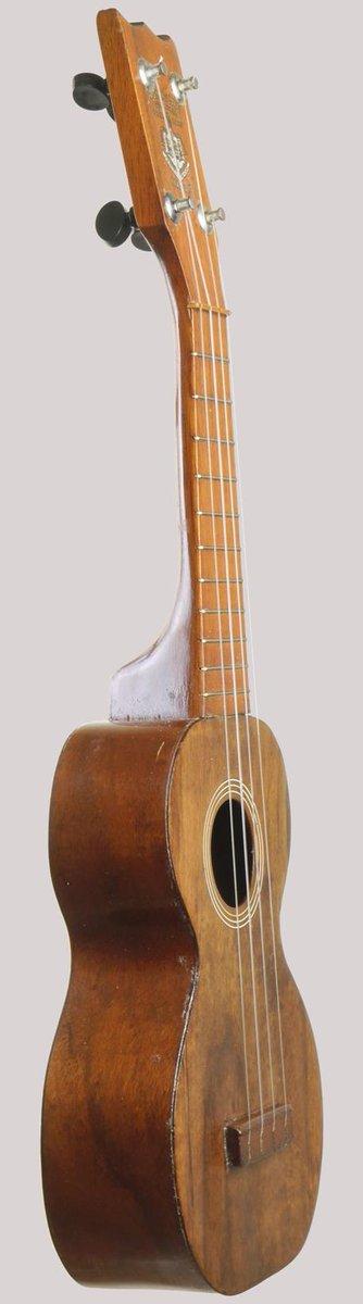 Kumalae type a number 21 hawaiian standard at Ukulele Corner