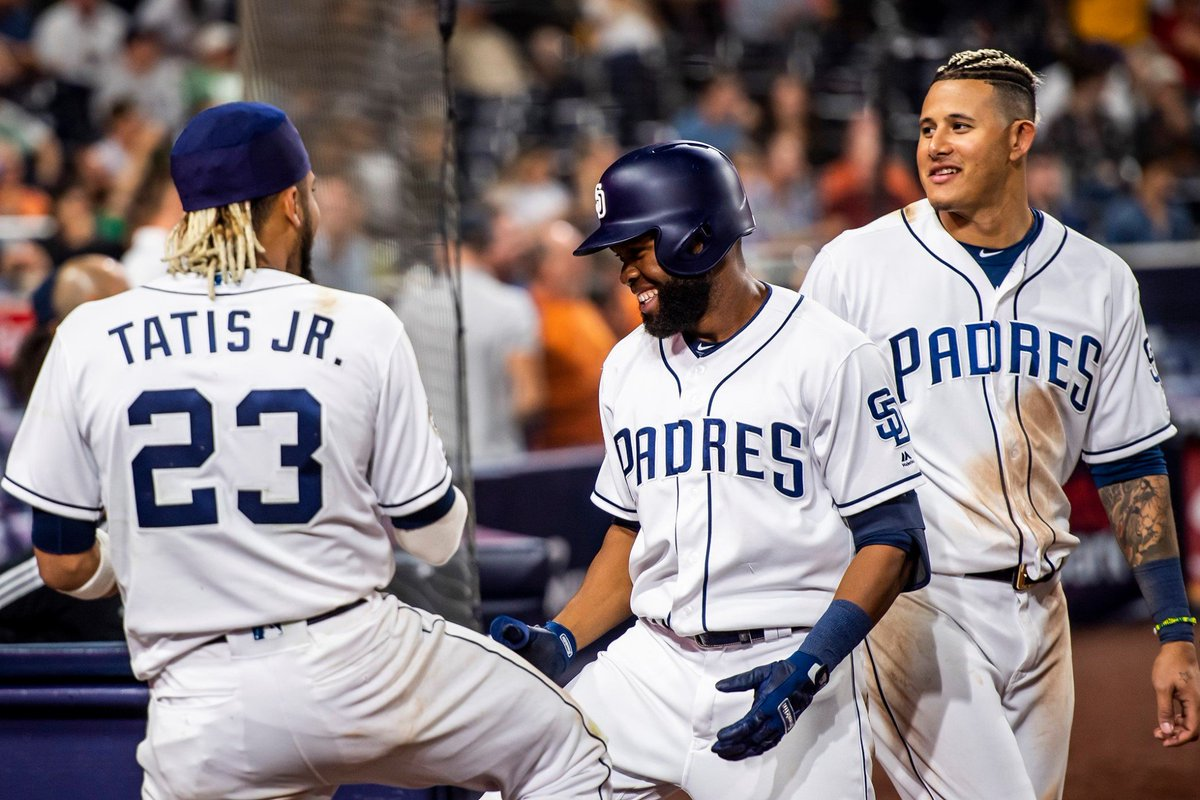 Did you catch the @Padres win last night over the Rockies? Catch Padres fever on August 25th vs Boston Red Sox in the Estrella Jalisco Landing! A Padres baseball cap, all-you-can-eat burgers, hot dogs, peanuts, drinks & beer are included! Register today at https://t.co/kZriRJoSdH https://t.co/11m3UcGMPo