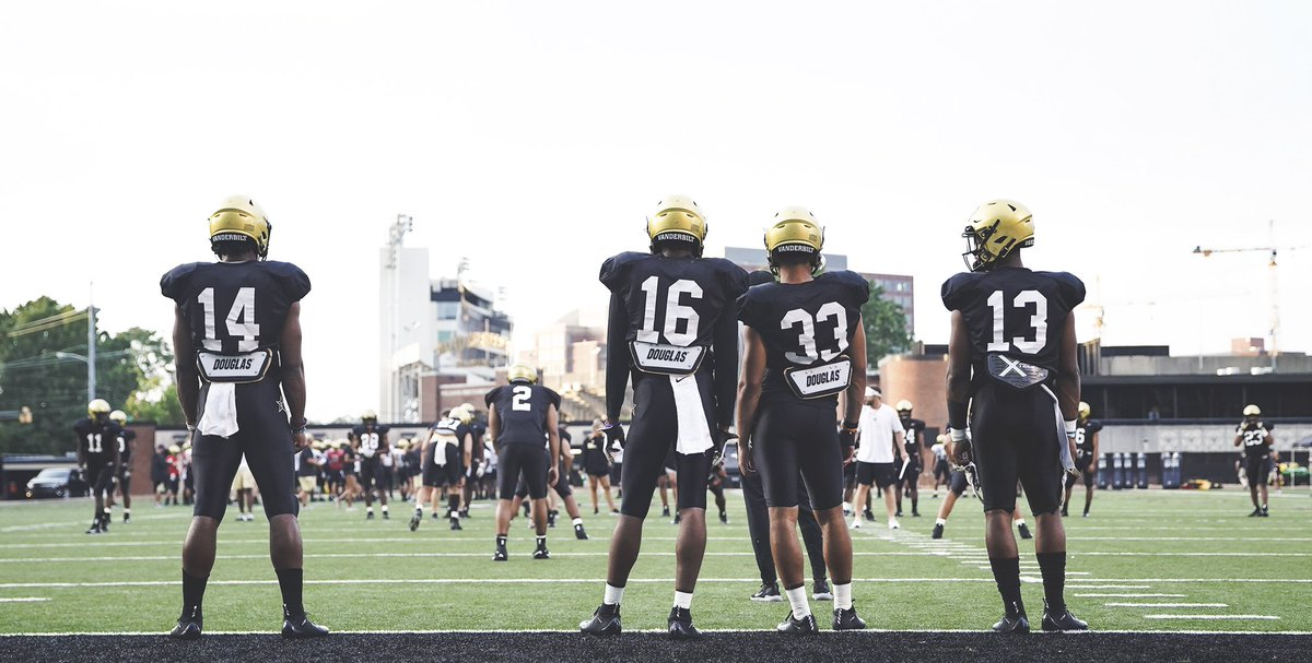 """""""The relentless, tough and intelligent marathon continues."""" Sights set on goals and gamedays. 🏟 #RTI 