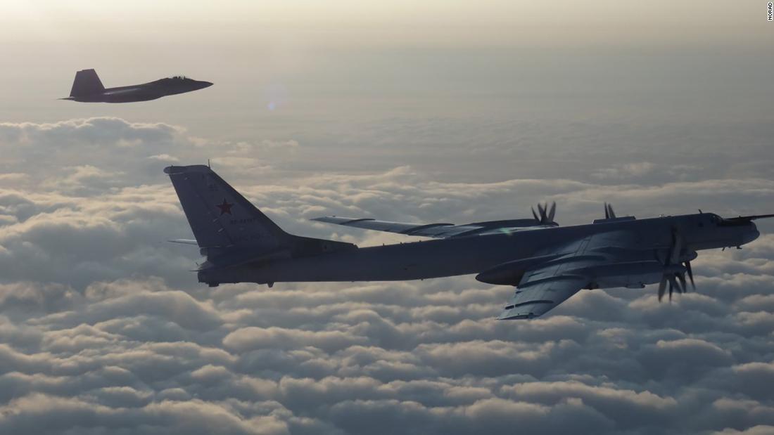 US fighter jets intercept Russian bombers near Alaska cnn.it/2KypKko