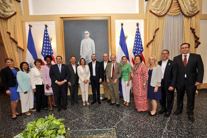 mision-de-14-congresistas-de-eeuu-visitan-el-salvador-para-abordar-temas-de-cooperacion
