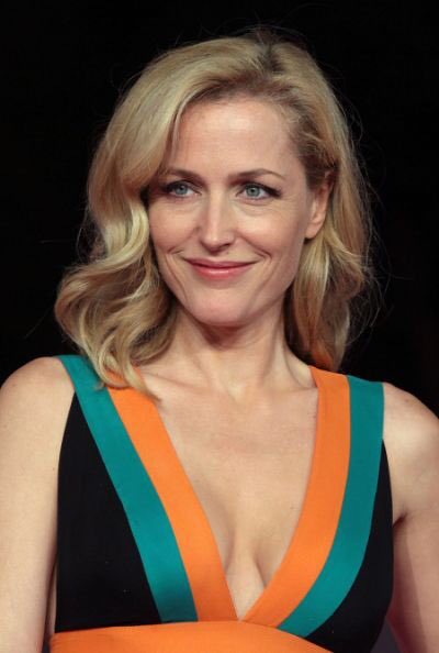 Happy Birthday Gillian Anderson! She ll always be smart, sexy Scully to me! ,