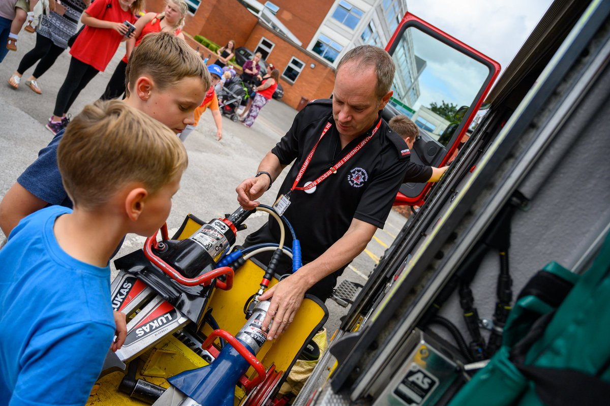 National Car Wash League – The Fire Fighters Charity