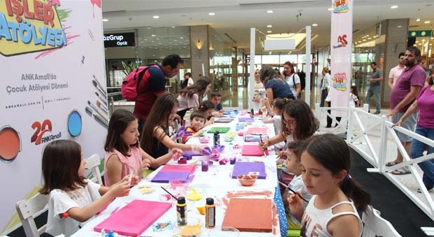 ANKAmall'dan çocuklara bayram sürprizi
