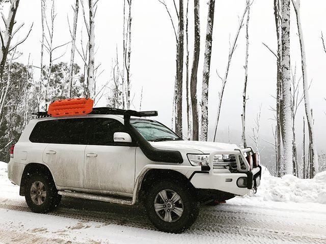 Cracking day... . . . . #4wd #4x4 #outback #outbackaustralia #landcruiser200series #landcruiser200 #camping #getoutthere #cruisin #landcruiser #toyota #arb #arb4x4 #drifta #toyotalandcruiser #200series #australia #touring #swag #hemamaps #hemaexplorer #o… https://ift.tt/33u0Fjopic.twitter.com/JHHspPNir6