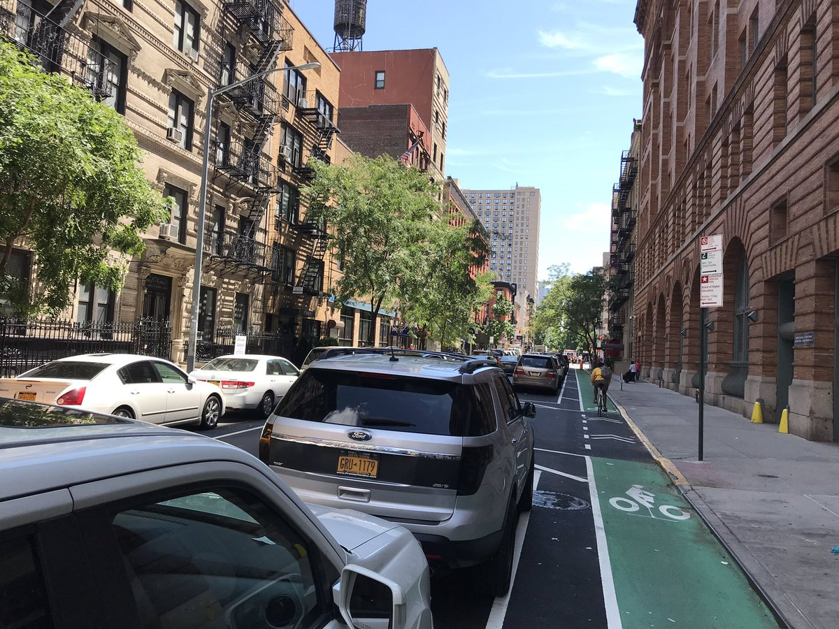 In NYC for the weekend and seeing new protected lanes on crosstown streets. Exactly what @CityofAtlanta needs! No one loses parking, no expensive infrastructure, cyclists are safe - everyone wins! #Safestreets @atlantabike @ThreadATL @atlcouncil @KeishaBottoms