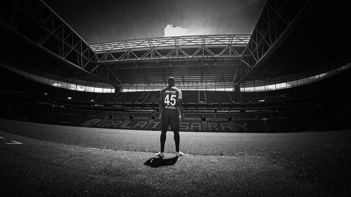 Ben Galatasaray'liyim vê ömrümün sonuna kadar bir Aslan olarak kalacagim 🦁🏆🏆🏆
