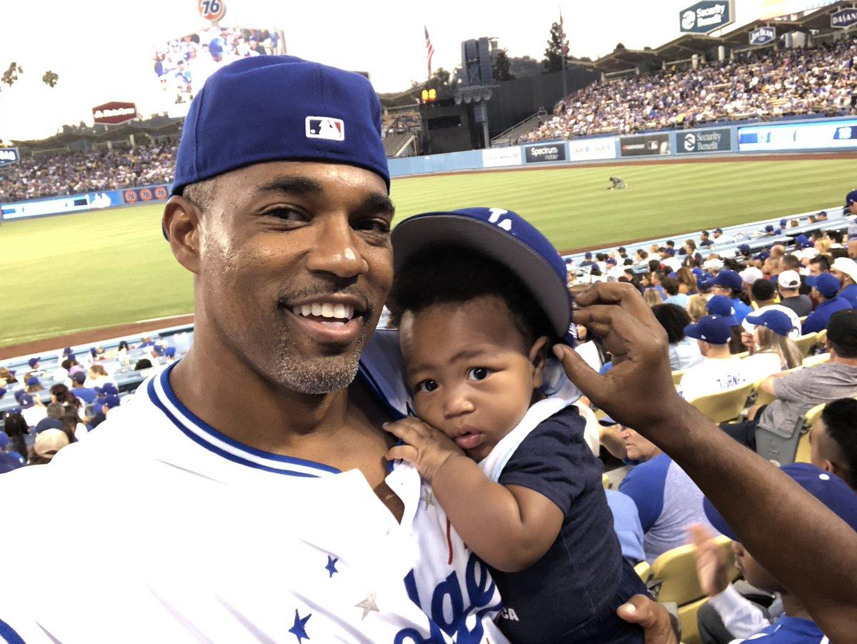 Indoctrinatin' the #nextgeneration of @Dodgers #fans #bennybleedsblue #bleedblue💙