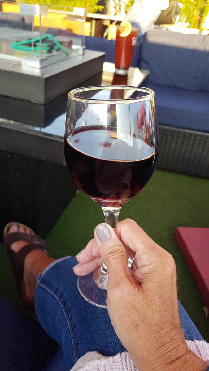 Enjoying a lovely riojaSláinte @TavernOnHill  #MyOttawa Wind down from a fabulous day! Things I love~ #SaturdayVibes <br>http://pic.twitter.com/zIVYRo7Hmz