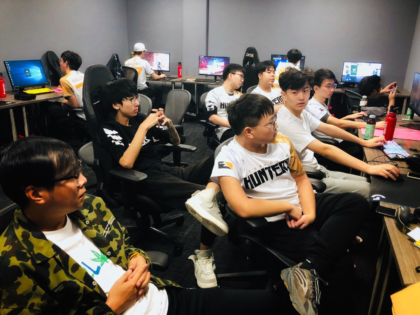 Guangzhou Charge Play-In Picture