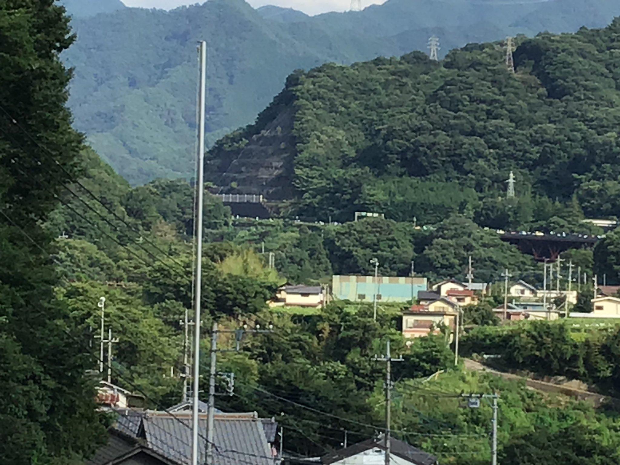 画像,中央道 上り笹子トンネル付近ご苦労様です https://t.co/UCpw45ZedV。