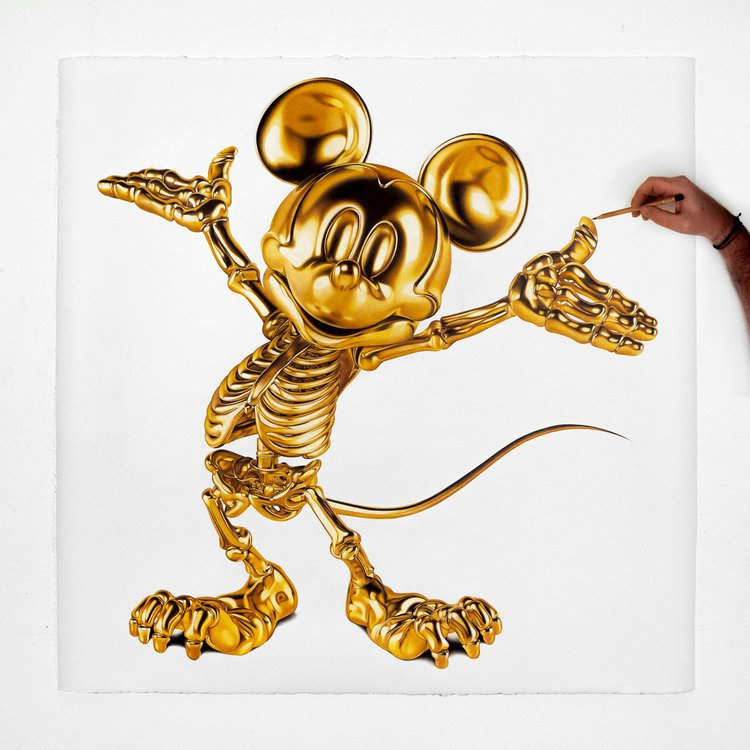 """Amazing photorealistic drawings using pens or pencils on cotton paper from Milan based artist Alessandro Paglia at https://t.co/z2kl4NwRB1 """"Golden Mickey Mouse Skeleton"""", © Alessandro Paglia #art #AlessandroPaglia #MickeyMouse https://t.co/5ck7VxhXe3"""