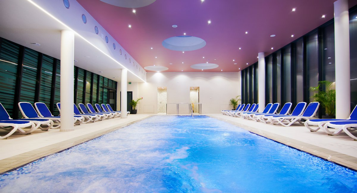 Come on in, the water's fine! 💦 Find your relaxation in #Pomurje 👉https://ter.li/wosxy8 ⭐Radenci ⭐Banovci ⭐Lendava ⭐Terme Lendava ⭐Terme Vivat ⭐ Bioterme#ifeelsLOVEnia #SlovenianSpas