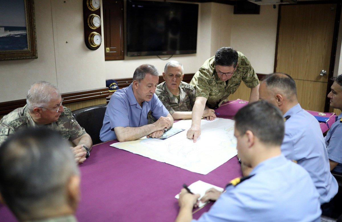 """قبرص تتهم تركيا بتبني """"دبلوماسية السفن الحربية"""" EBrMC2PXYAATkei"""