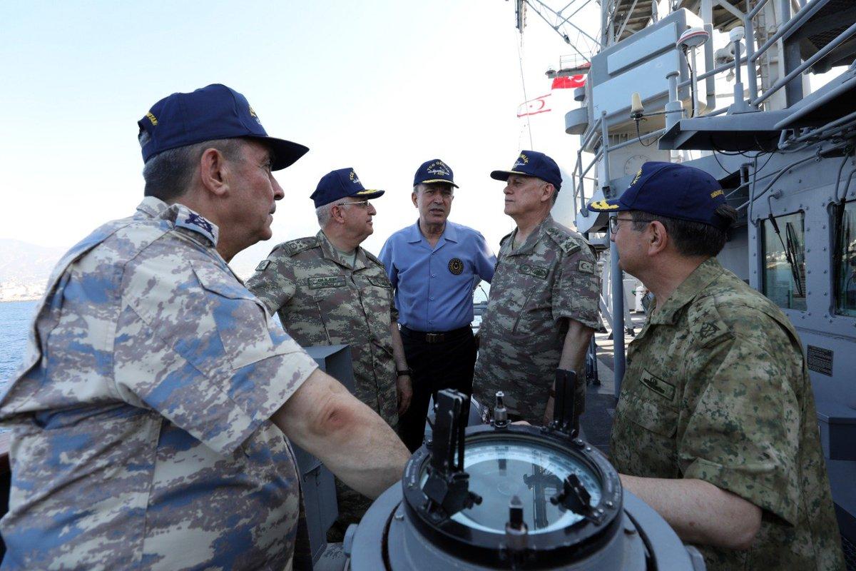 """قبرص تتهم تركيا بتبني """"دبلوماسية السفن الحربية"""" EBrMCrmWkAA2IIv"""