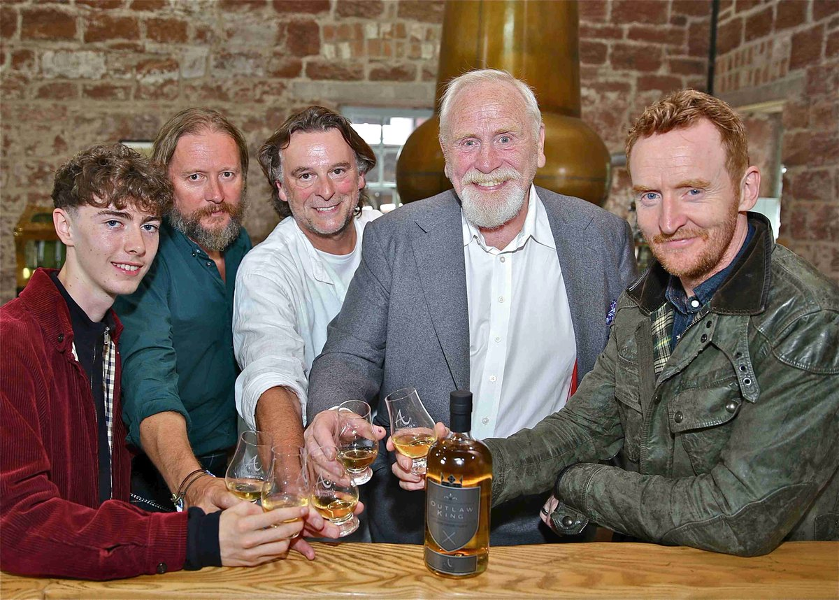 Yesterday was fantastic. It was an absolute pleasure having the cast of @OutlawKing join us to celebrate the launch of our new 'Outlaw King' Blended #Scotch Whisky.   Thanks to all who came a long and joined us in our celebrations   #outlawking #sigmafilms #blendedscotch #movies<br>http://pic.twitter.com/6t8xvv8rLb
