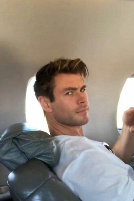 Happy birthday our pretty Chris Hemsworth