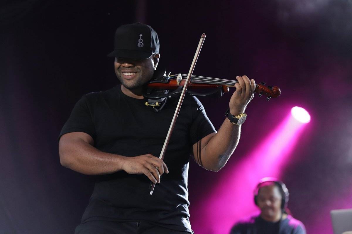 blackviolin hashtag on Twitter