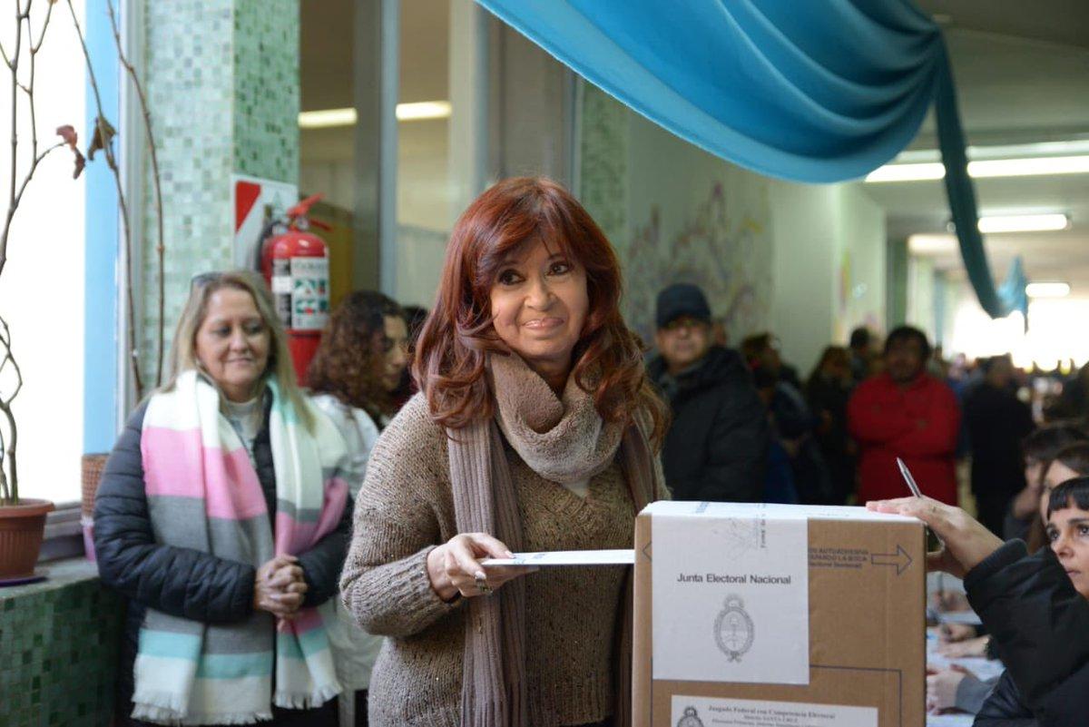 Con mucha esperanza voté hoy en Río Gallegos 🇦🇷 https://t.co/8TMEtRDJap