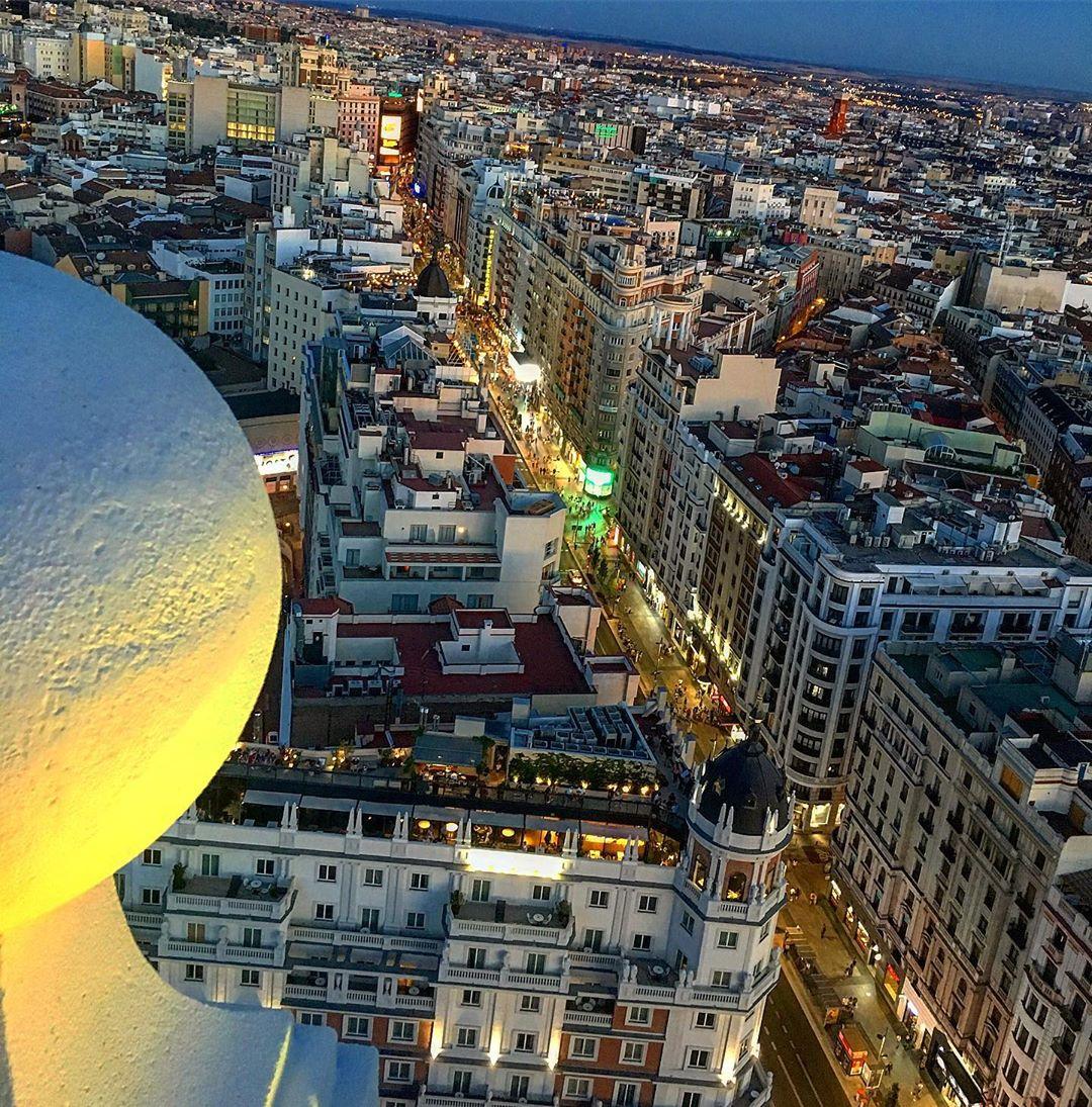 Gran Vía De Madrid S Tweet Buenas Noches Amig S Nos