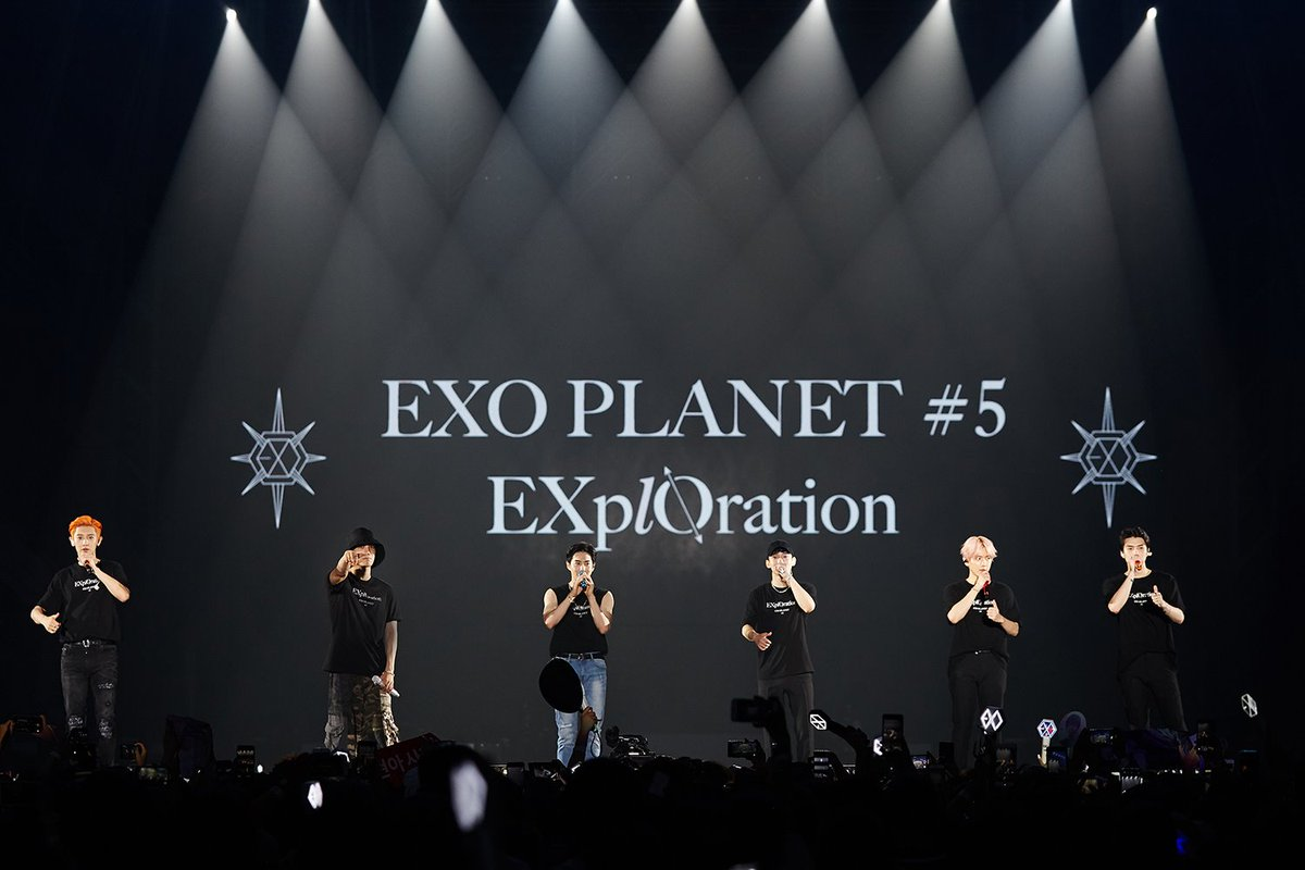 'K-POP 킹' 엑소가 홍콩 아시아 월드 엑스포에서 열린 단독 콘서트 'EXO PLANET #5 - EXplOration - in HONG KONG'을 8월 10~11일 양일간 퍼펙트 매진을 기록하며 성황리에 마쳤습니다! #EXO #엑소 #weareoneEXO #EXO_PLANET #EXplOration #EXplOrationInHK
