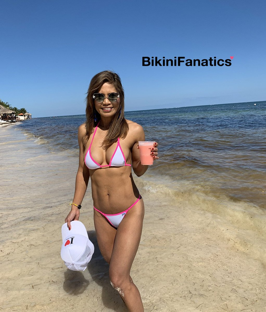 Bikinifanatics