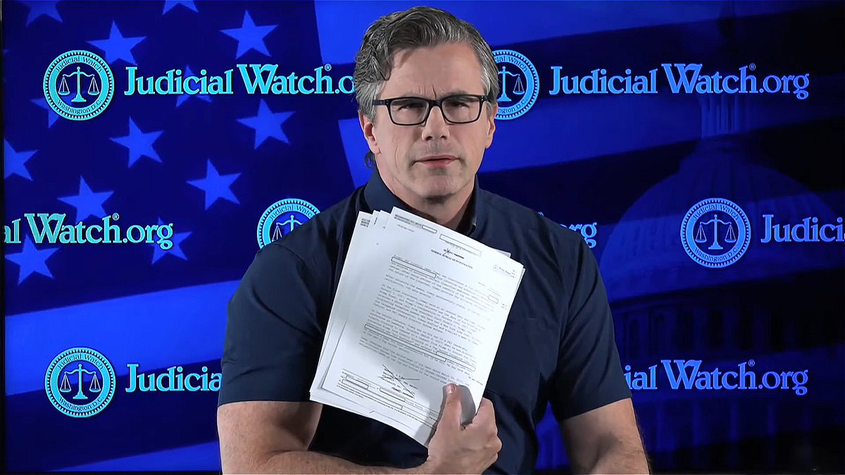 Biggest story anti-@realDonaldTrump media is hiding: Obama FBI/DOJ, and State Dept colluded with Bruce Ohr, his wife, and Clinton/DNC spies at Fusion GPS to try to destroy @realDonaldTrump. @JudicialWatch uncovered the docs!   https://youtu.be/ea9MtslS--A  https://www.judicialwatch.org/press-releases/judicial-watch-fbi-302-interviews-with-bruce-ohr-on-spygate-released-to-judicial-watch/…
