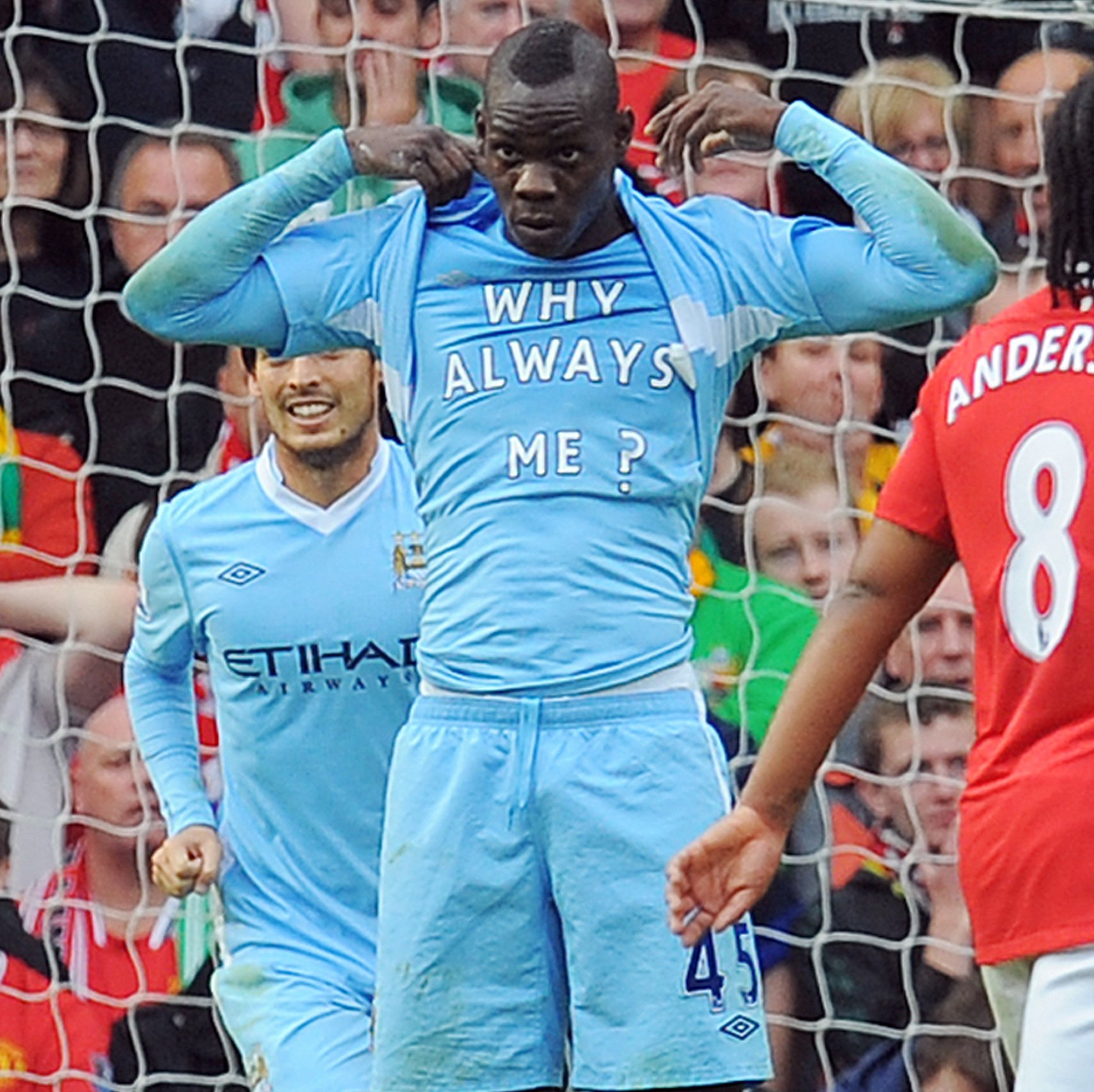 Happy 29th birthday,  What\s your favourite Mario Balotelli moment?