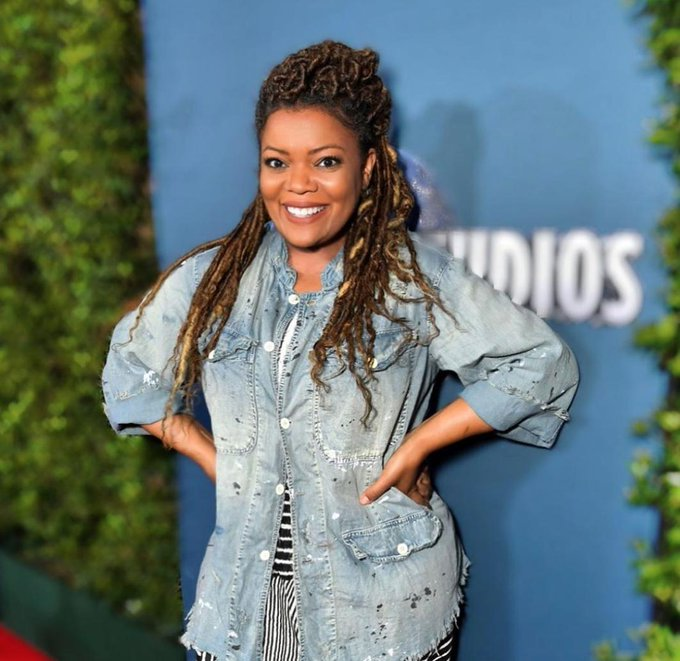 Happy Birthday Yvette Nicole Brown ( We hope you have an amazing day!
