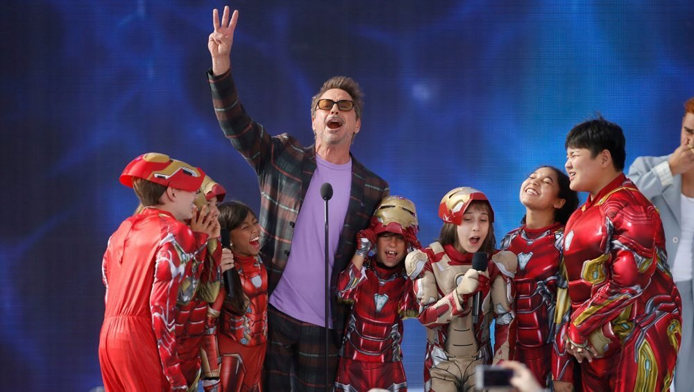 Congratulations 👏🏻. -Choice Action Movie | Avengers: Endgame -Choice Action Movie Actor | Robert Downey Jr. -Choice Action Movie Actress | Scarlett Johansson -Choice Movie Villain | Josh Brolin #TeenChoiceAwards