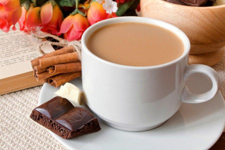 Смешные картинки, шоколадка и чай в открытке