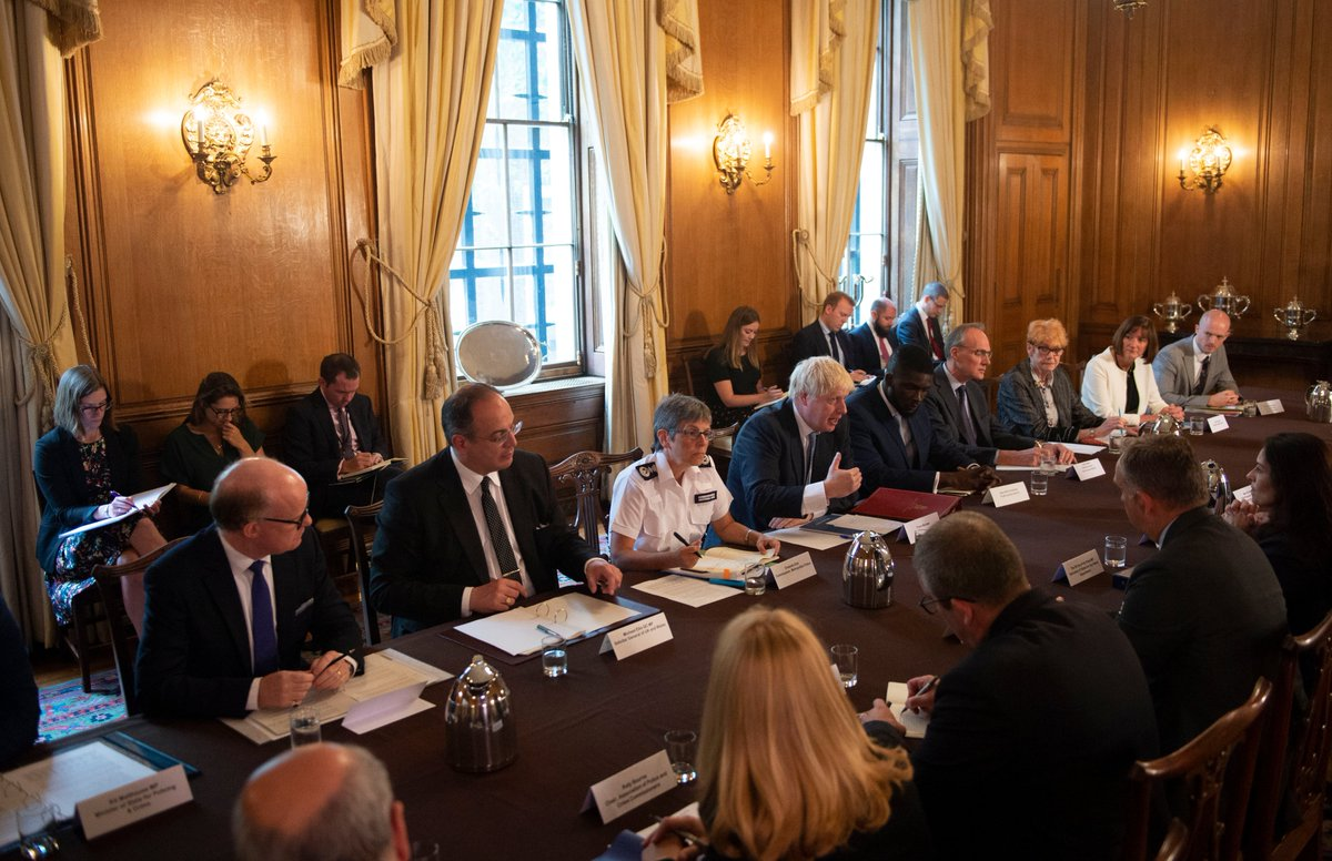We want to make our streets safer. That's why this morning PM @BorisJohnson hosted leaders from the police, probation and prison sectors to discuss how we can make the criminal justice system work to deter and prevent crime.