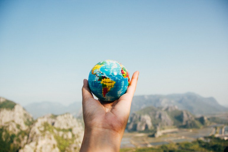 Travelling Hack: Travel More and Earn More  http:// dlvr.it/RB5sjn     #Productivity #SmallBusiness #GrowthHacking #PersonalDevelopment #LifeCoaching<br>http://pic.twitter.com/BnKj29MetB