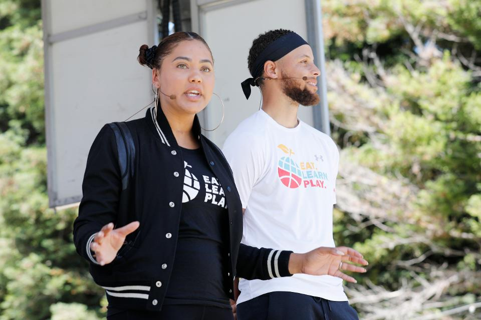 .@StephenCurry30 and @ayeshacurry are taking their philanthropy to the next level https://t.co/6rgIgGIbfX https://t.co/2OpiYWFNzx