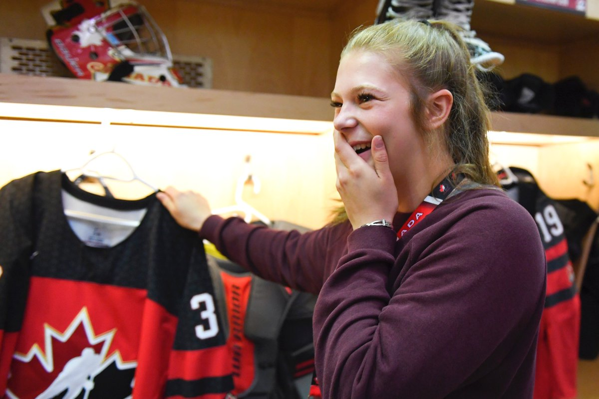Seeing your name on a Team Canada jersey for the first time is a serious #MondayMood.  #U18Series<br>http://pic.twitter.com/3zF9F9PNDH