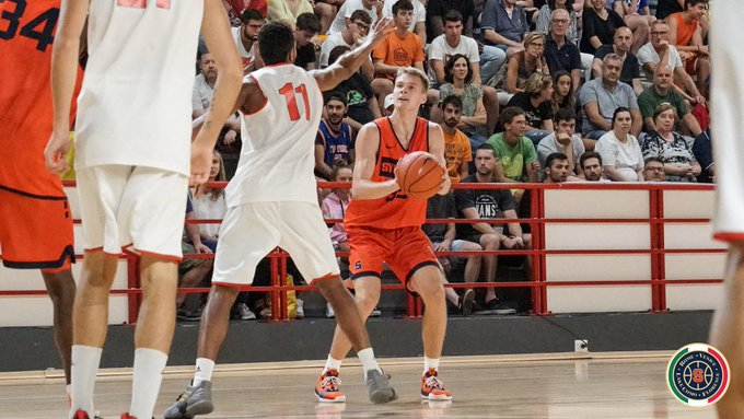 Syracuse Basketball Opens Tour Of Italy With 10 Point Win Over