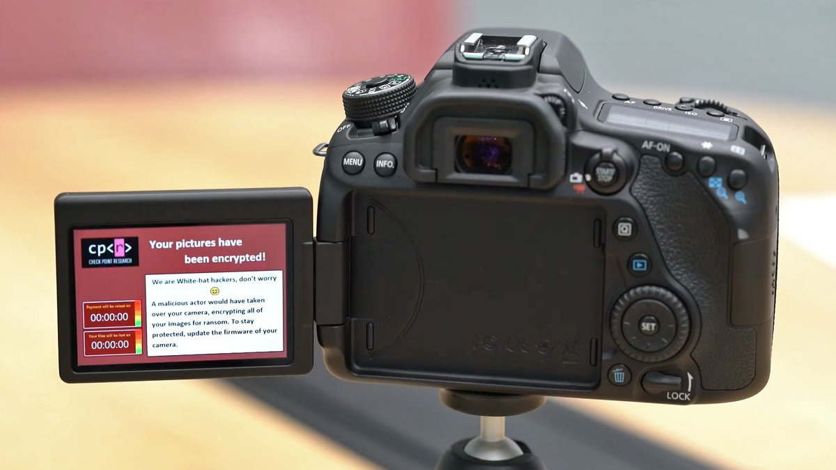 If you value your photos, here's a good reason to turn off your camera's wifi