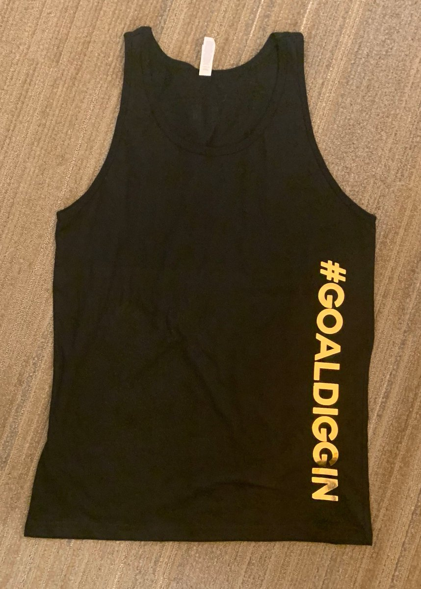 Looky looky what just arrived...our famous @Toppel tanks!  #GoalDiggin #BlackAndGold #ToppelSwag #ToppelMerch #UMiami @univmiami<br>http://pic.twitter.com/J928iEQpX3