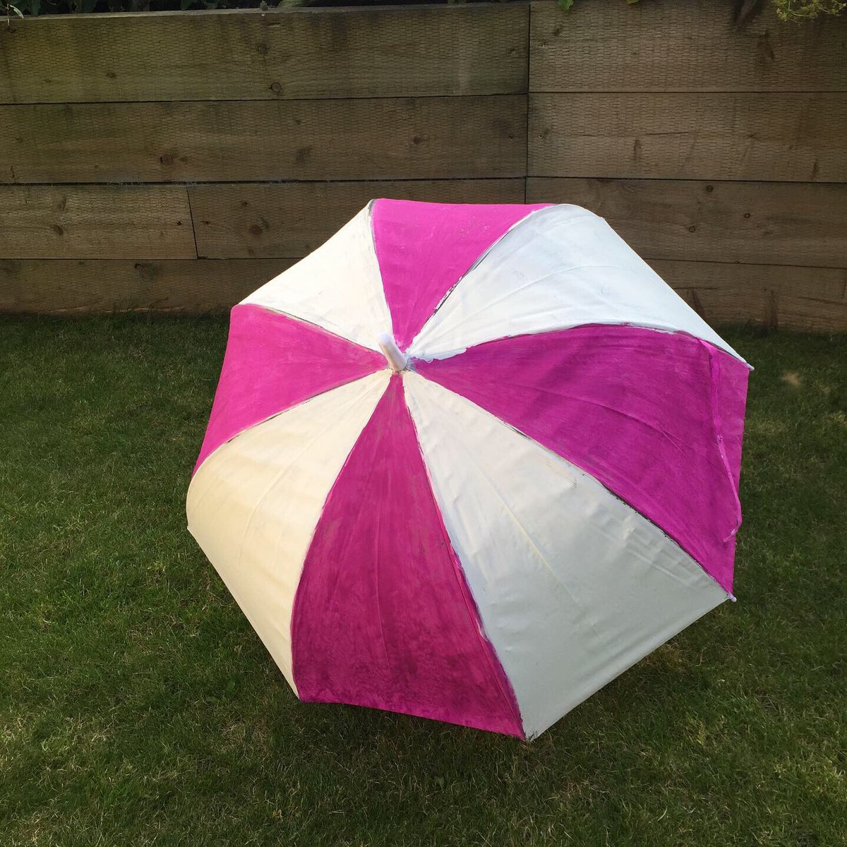 umbrellas hashtag on Twitter