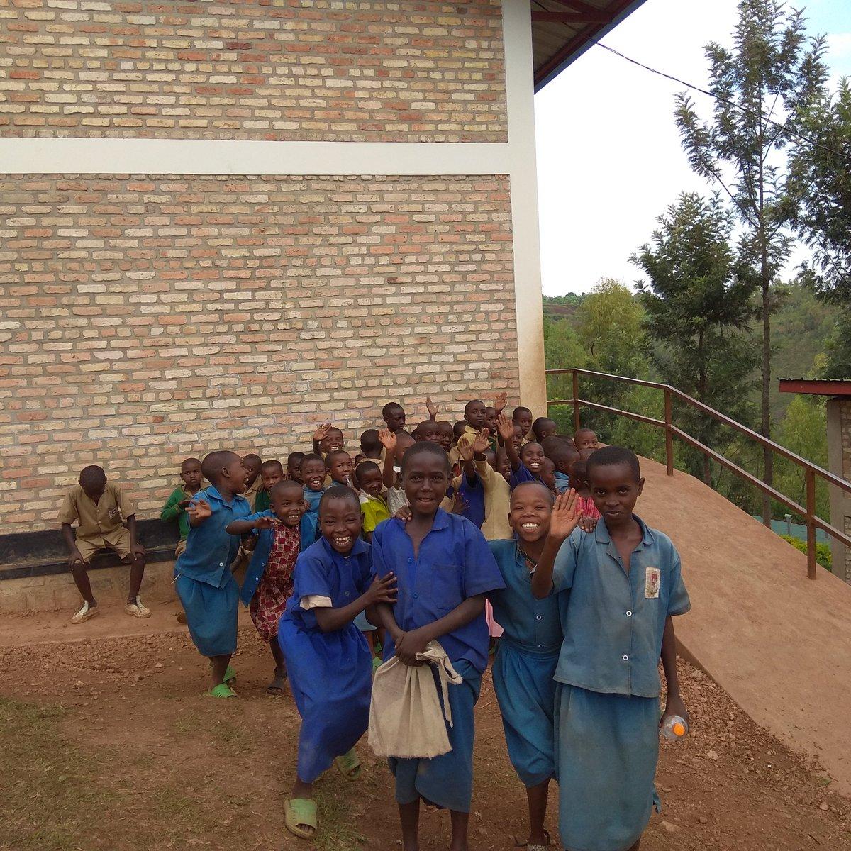 kitkitschool photo