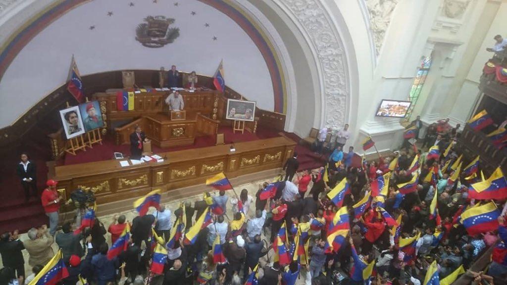 Gobierno (interino) de Juan Guaidó - Página 23 EBzccntXoAAAbGQ