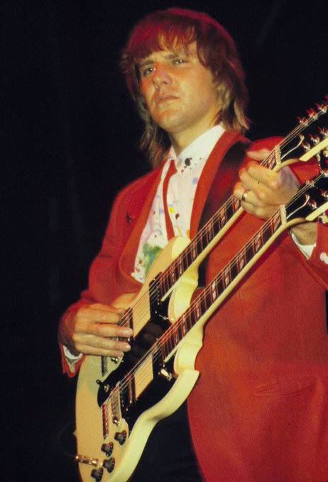 Happy birthday Alex Lifeson of Rush. One of my absolute favorite guitar players. Born on this day August 27, 1953