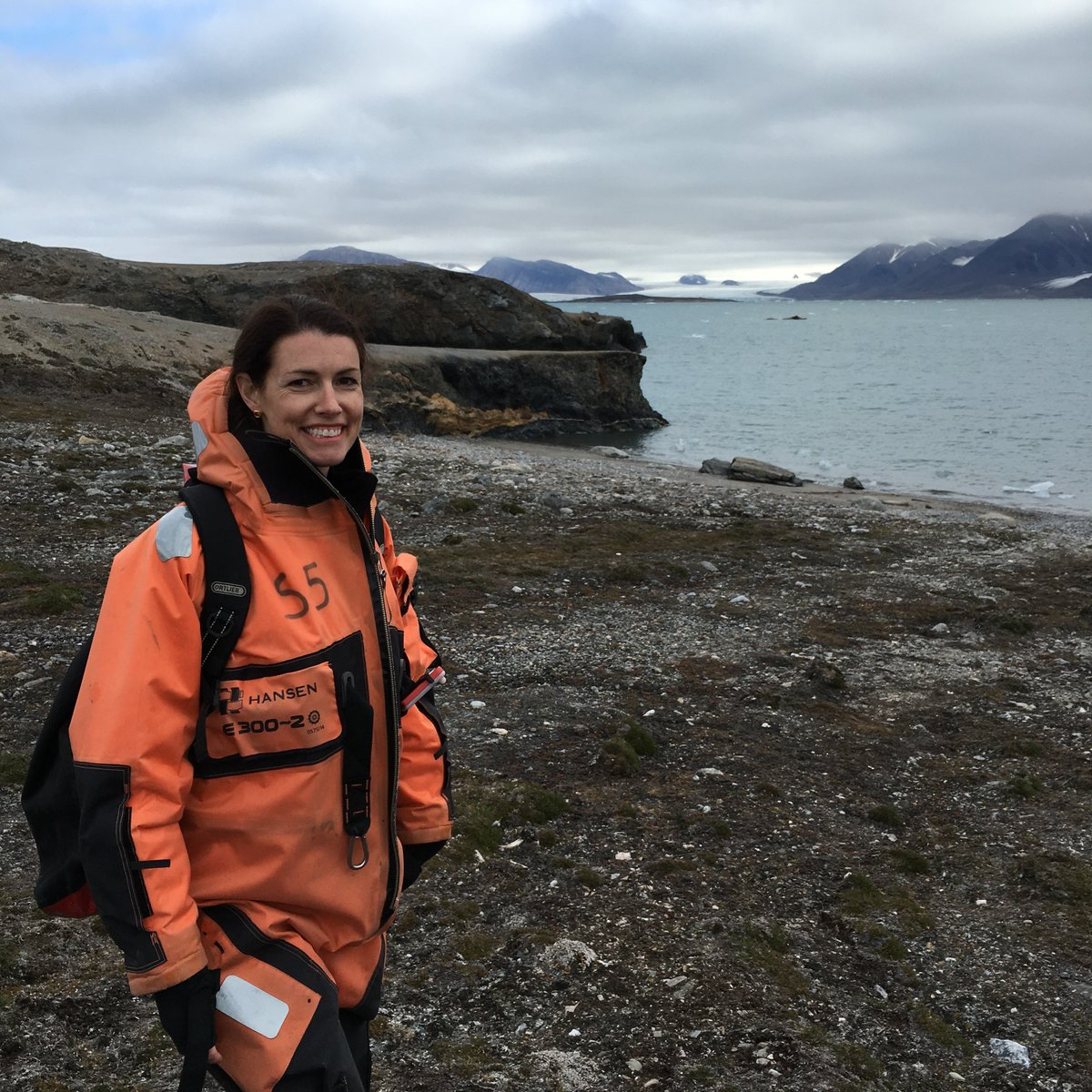 @UTKnoxville #microbiologist @archaearama travels to the world's most #inhospitable environments, like #volcanoes, the #Arctic and the #Andes, in search of microbes. Karen Lloyd might just be the Indiana Jones of science! Read more about her adventures: https://fcld.ly/914hqet