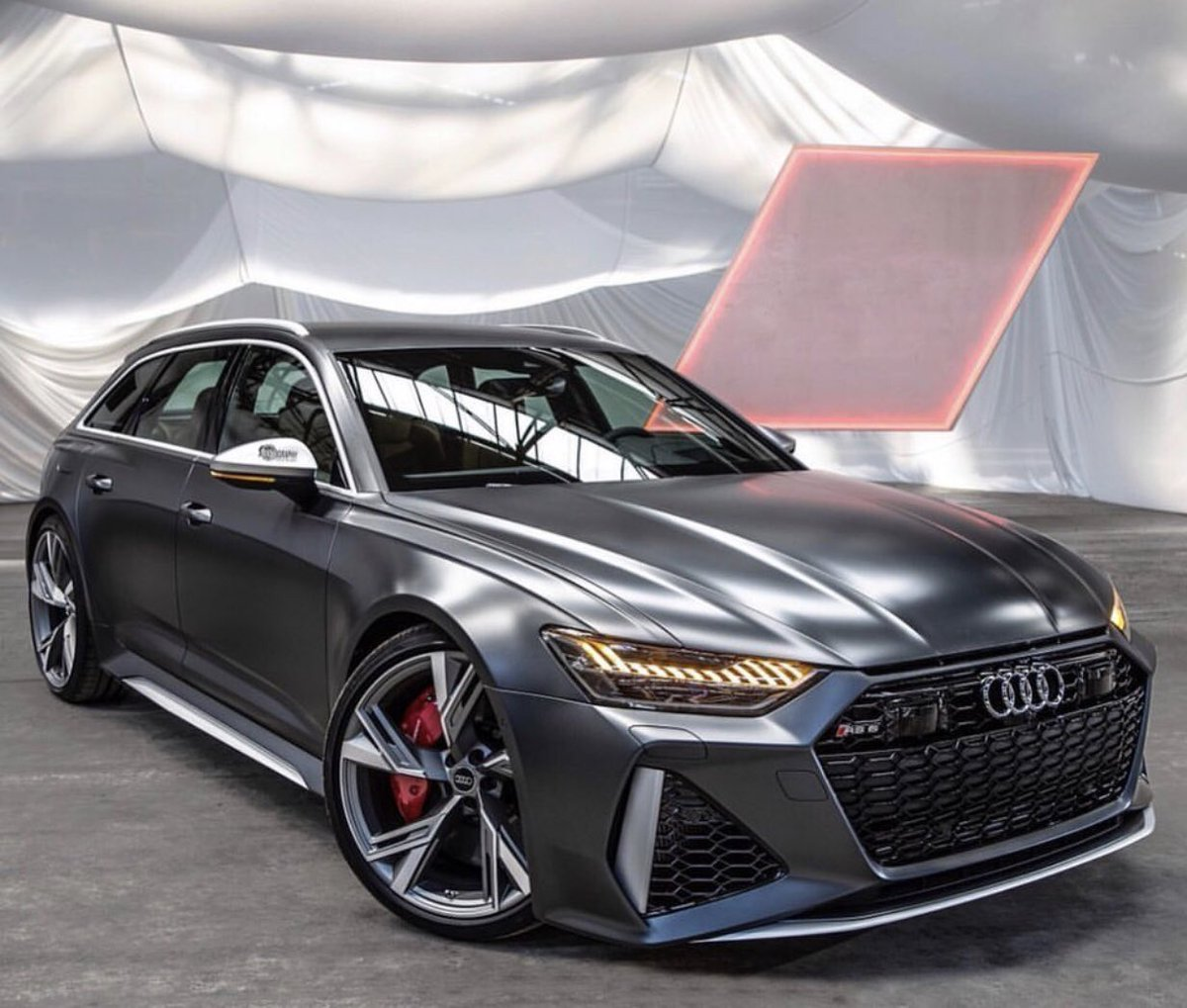 New 2020 Audi RS6 <br>http://pic.twitter.com/l7rslwoe8L
