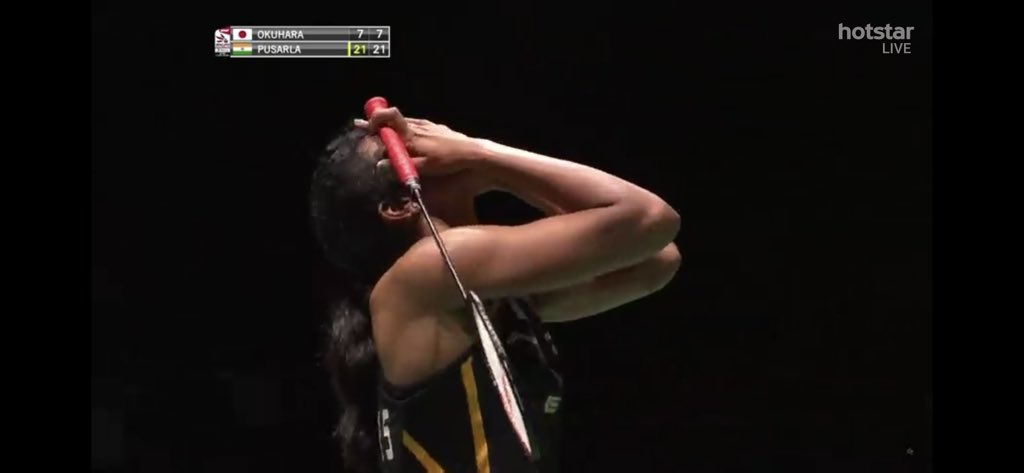 Finally!!!!!  Ladies and gentlemen , let's welcome the new world champion  @Pvsindhu1 !!!!!  It's THE GOLD finally!!!!!!  🇮🇳🇮🇳🇮🇳🏸🏸🏸🏸👏🏼👏🏼👏🏼👏🏼👏🏼 #BWFWorldChampionships2019